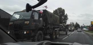 Batalion wojsk amerykańskich na ulicach Wschowy