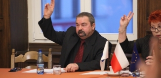 Władysław Brzechwa za Danutę Stefaniak. Zmiany w prezydium Rady Miejskiej
