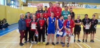 Srebro dla koszykarzy SOSW Wschowa