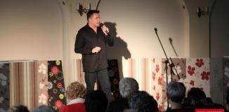 Robert Kudelski zaśpiewał z okazji Dnia Kobiet