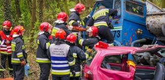 Zastępy strażaków z 6 powiatów ćwiczyły na Kaczych Dołach
