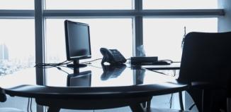 Jak urządzić biuro w pracy?