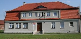 Szkoły Podstawowe w Łysinach, Siedlnicy i Konradowie bez dyrektorów